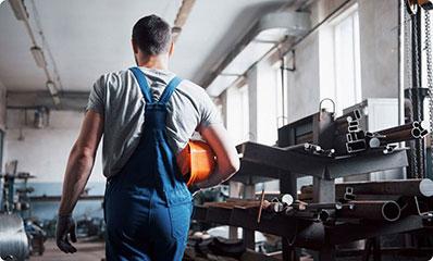 Hirschbach-GmbH-Jobs-Anlagenmechatroniker-Web.jpg